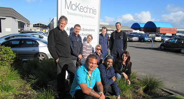 McKechnie supports workers to kick the habit